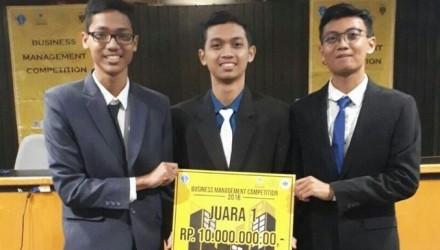 Mahasiswa DTI-ITS Konsepkan Strategi Dongkrak Penjualan