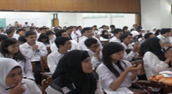 Tiga Tips untuk Mahasiswa Baru